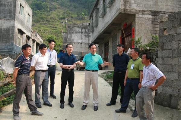 周武红:要加大扶持力度 壮大村集体经济
