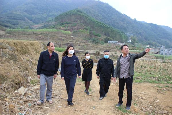 刘丽珍副主任深入实地了解人大代表建议项目