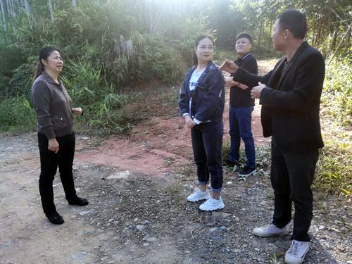 刘丽珍深入基层督查人大代表建议落实情况