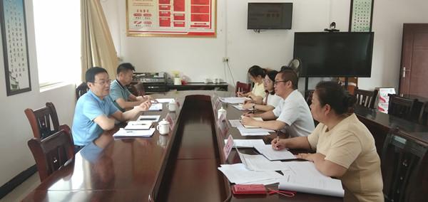 覃纪腾主任到八桂瑶族乡开展调研活动